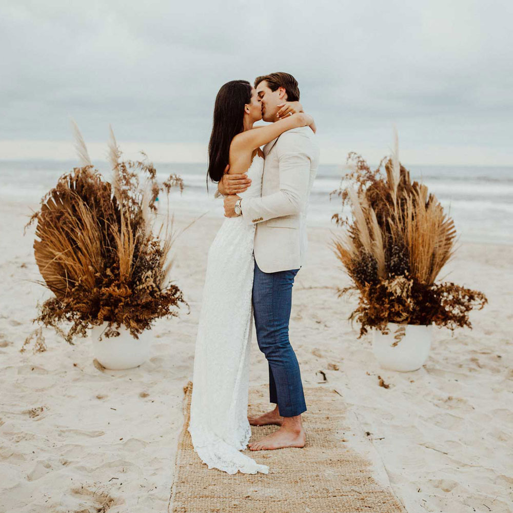 elopement byron bay
